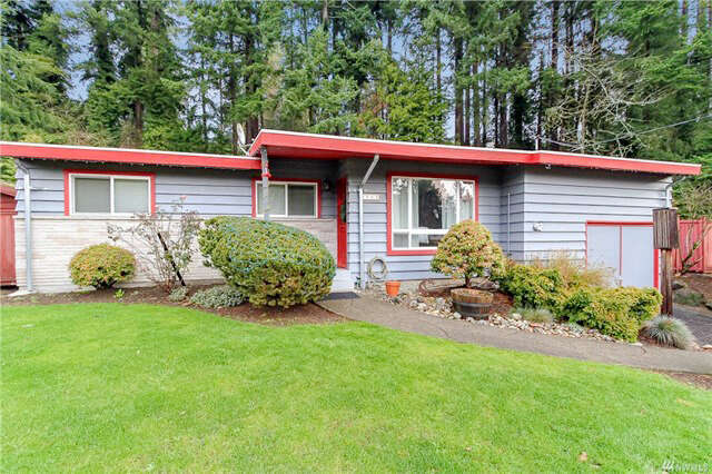 Single Family for Sale at 562 N. 185th Place Shoreline, Washington 98133 United States