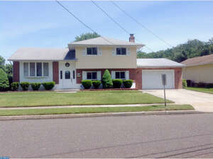 Featured Property in Glendora, NJ 08029
