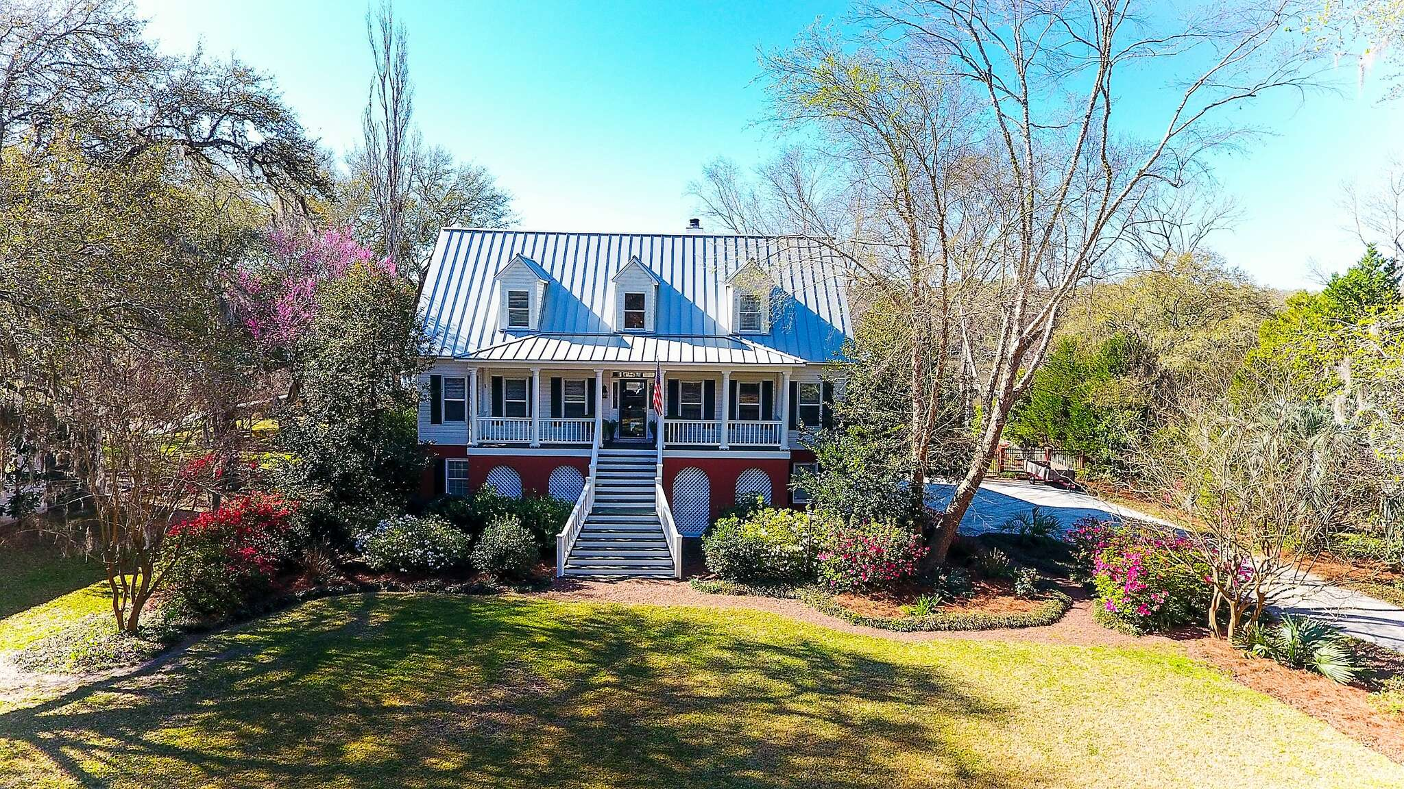 Single Family for Sale at 5367 Creek View Lane Hollywood, South Carolina 29449 United States