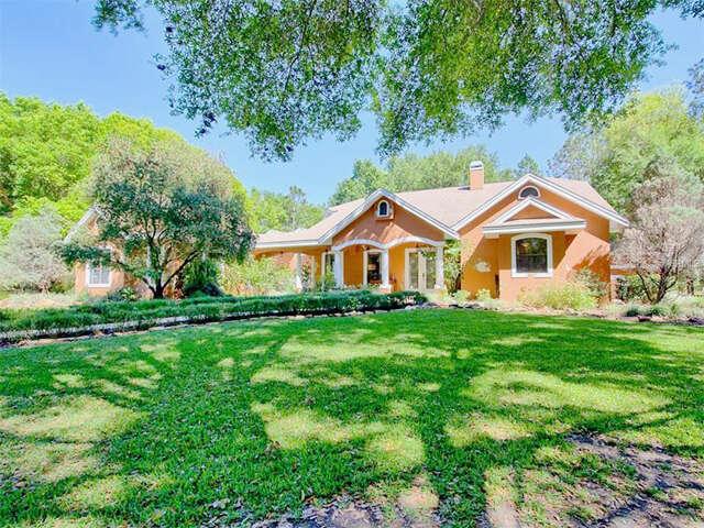 Single Family for Sale at 7070 Sunnyside Drive Leesburg, Florida 34748 United States