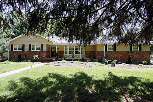 Single Family for Sale at 9 Holling Road Colts Neck, New Jersey 07722 United States