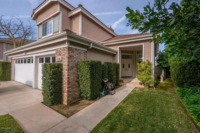 Single Family for Sale at 236 Sycamore Ridge Street Simi Valley, California 93065 United States
