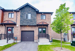 Featured Property in Barrie, ON L4N 9T2
