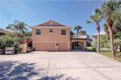 Single Family for Sale at 15 Shoreland Drive Osprey, Florida 34229 United States