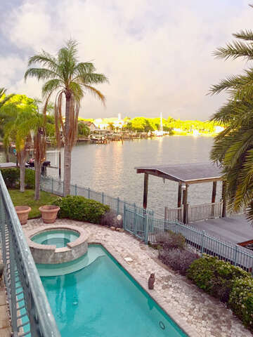 Home Listing at 21 SUNSET BAY DRIVE, BELLEAIR, FL