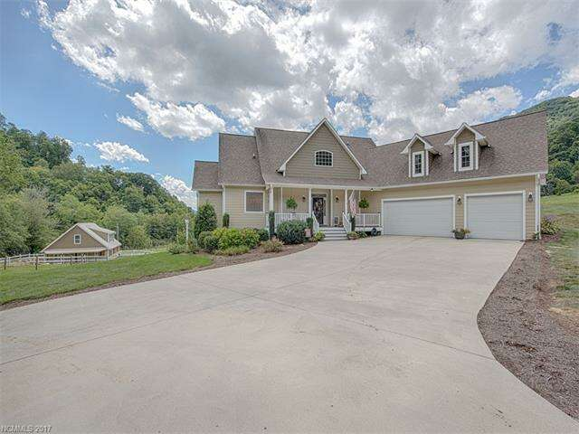 Single Family for Sale at 17 Rolling Meadows Lane Clyde, North Carolina 28721 United States