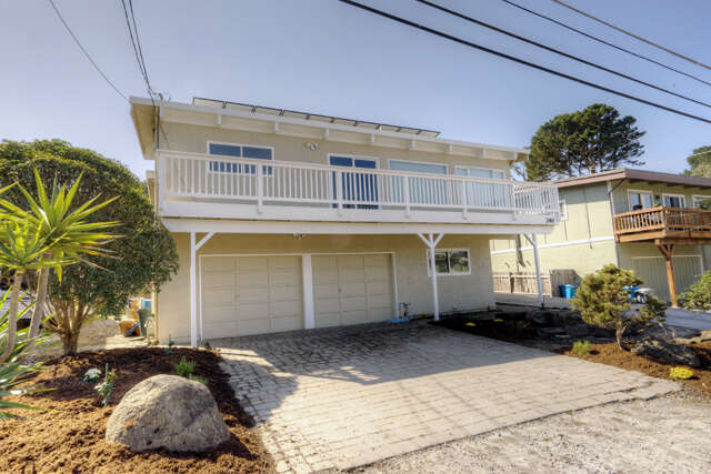 Single Family for Sale at 430 2nd St Montara, California 94037 United States