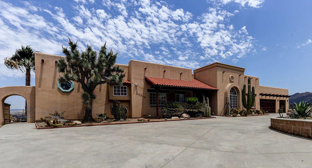 Single Family for Sale at 16129 Sky Ranch Road Santa Clarita, California 91387 United States