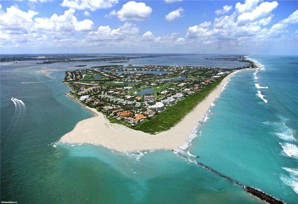 Single Family for Sale at 3047 SE Island Point Lane Stuart, Florida 34996 United States