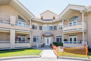 Featured Property in Calgary, AB T3H 3J9
