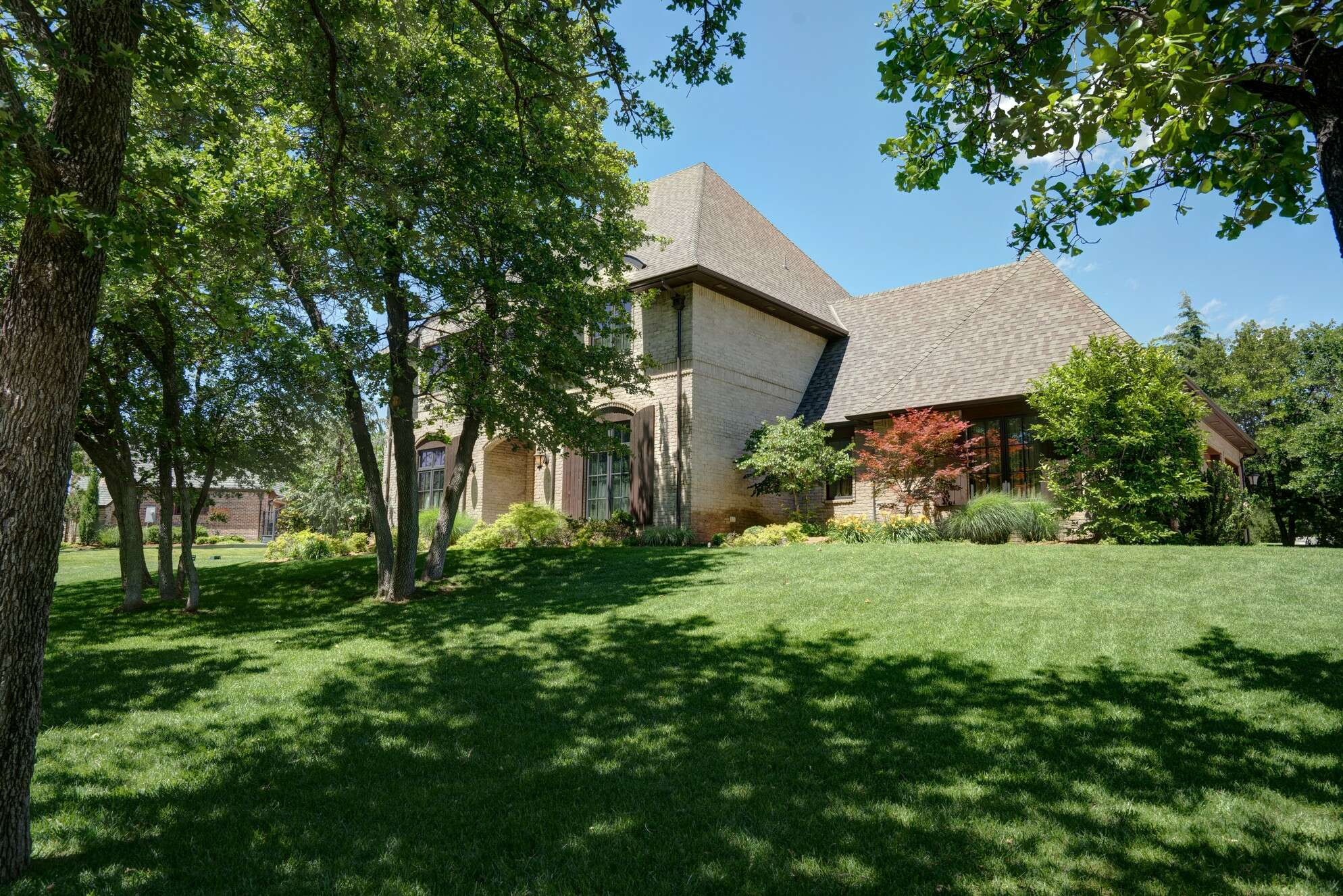 Single Family for Sale at 10712 Pond Meadow Dr Oklahoma City, Oklahoma 73151 United States