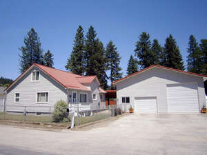 Featured Property in Pinehurst, ID 83850