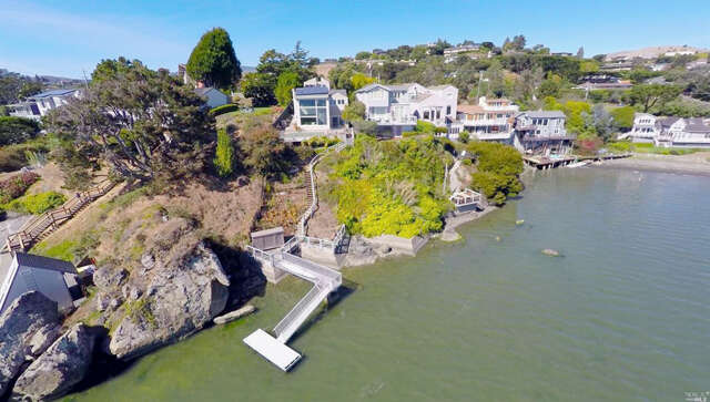 Single Family for Sale at 426 Greenwood Beach Road Tiburon, California 94920 United States