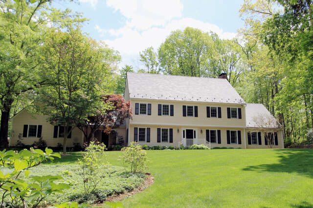 Single Family for Sale at 521 Rookwood Place Charlottesville, Virginia 22903 United States