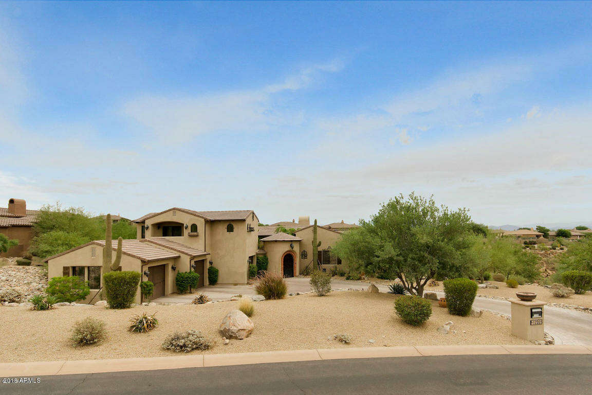 Single Family for Sale at 12205 N Sunset Vista Dr Fountain Hills, Arizona 85268 United States