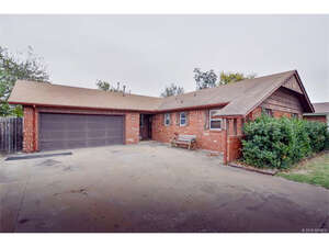 Featured Property in Tulsa, OK 74145