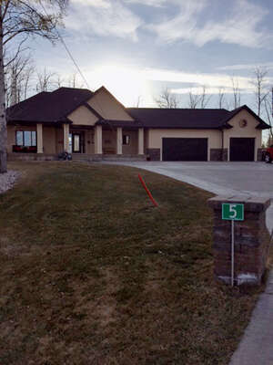 Single Family Home for Sale, ListingId:37039103, location: 5 53305 RGE RD 273 Spruce Grove T7X 3N3