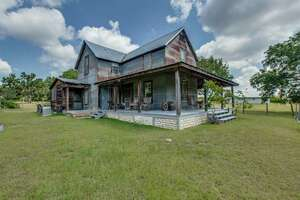Featured Property in Round Mtn, TX 78663
