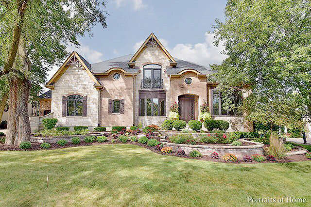 Single Family for Sale at 920 Jenna Ct. Glen Ellyn, Illinois 60137 United States