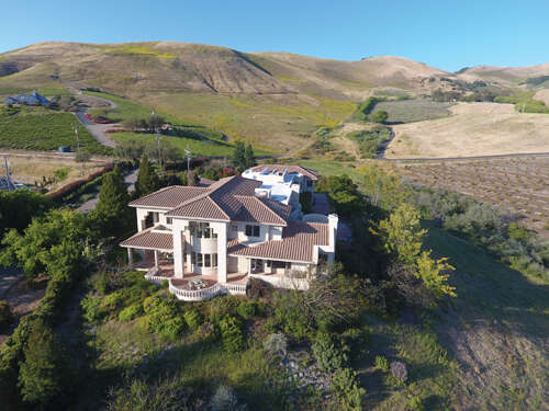 Single Family for Sale at 678 Sheehy Rd Nipomo, California 93444 United States