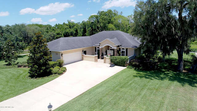 Single Family for Sale at 232 Crystal Cove Dr Palatka, Florida 32177 United States