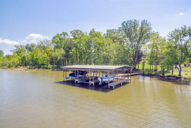 Single Family for Sale at 8327 Georgetown Bay Dr Ooltewah, Tennessee 37363 United States