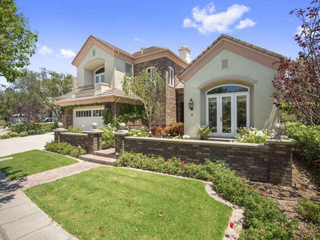 Single Family for Sale at 2 Oak Tree Drive Newport Beach, California 92660 United States