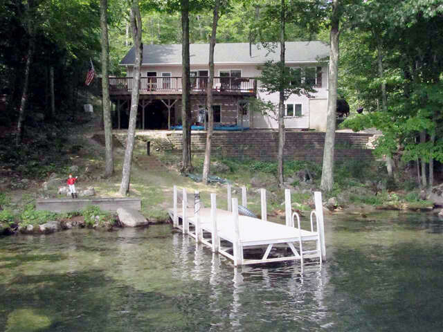 Single Family for Sale at 113 North Shore Road New Durham, New Hampshire 03855 United States