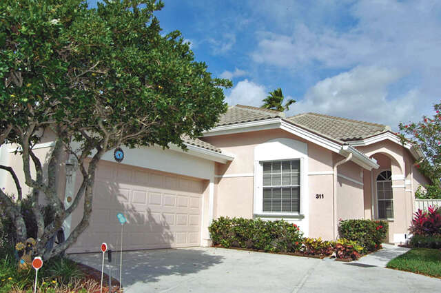 Single Family for Sale at 311 Eagleton Golf Drive Palm Beach Gardens, Florida 33418 United States
