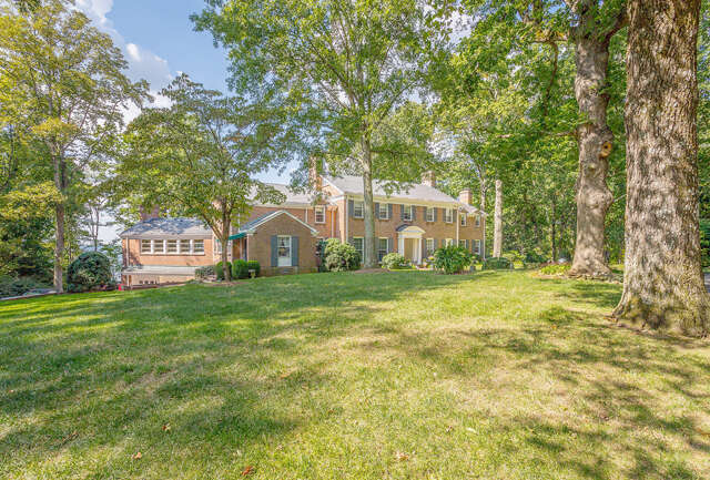 Single Family for Sale at 14741 Scenic Hwy, Lookout Mountain, Georgia 30750 United States
