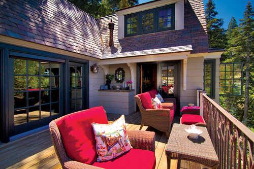 Single Family for Sale at 28910 Palisades Drive Lake Arrowhead, California 92352 United States