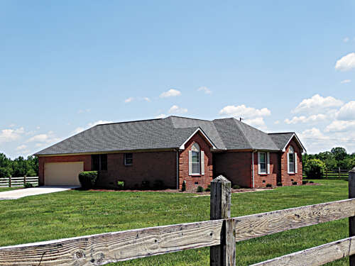 Single Family for Sale at 421 Purvin Lollarrd. Sparta, Tennessee 38583 United States