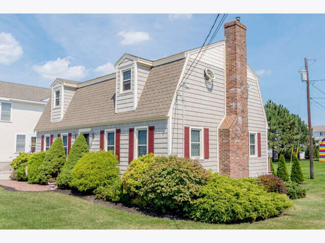 Single Family for Sale at 146 Ocean Boulevard Seabrook, New Hampshire 03874 United States