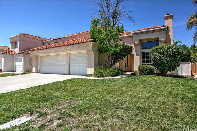 Featured Property in LAKE ELSINORE, CA, 92532