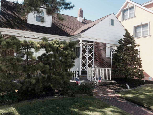 Featured Property in VENTNOR, NJ, 08406