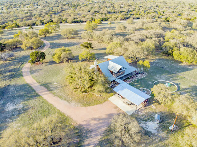 Single Family for Sale at 355 Stapp Ranch Road Harper, Texas 78631 United States