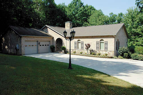 Single Family for Sale at 165 Markham Lane Crossville, Tennessee 38558 United States