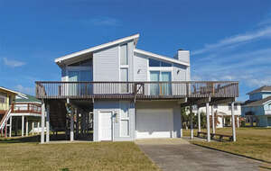 Featured Property in Galveston, TX 77554