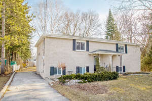 Featured Property in New Tecumseth, ON L9R 1J3