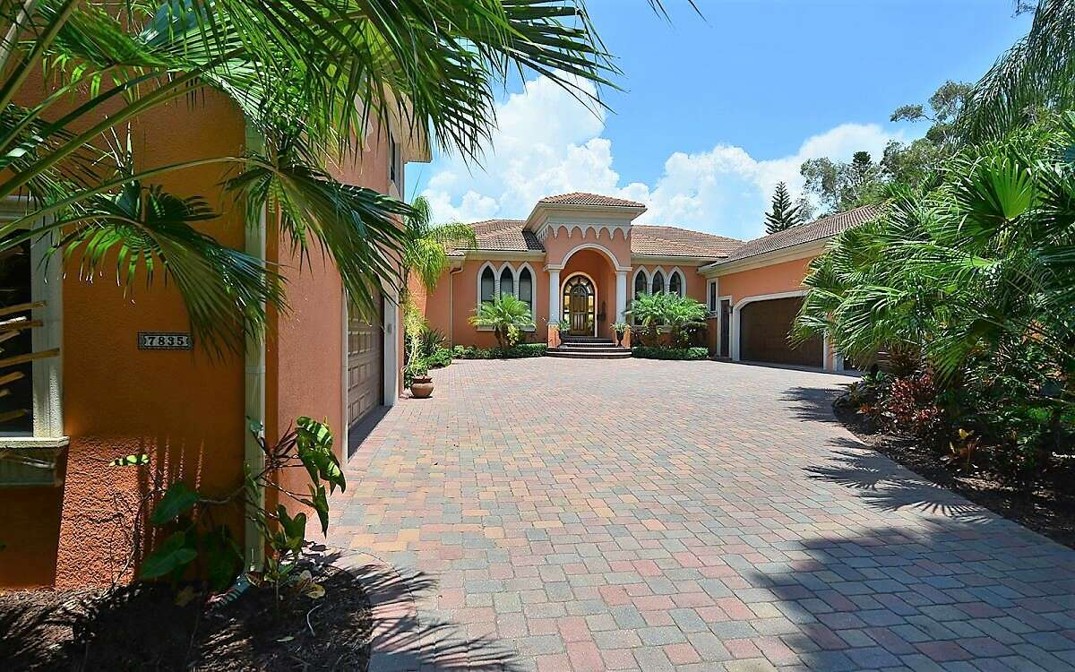Single Family for Sale at 7835 Manasota Key Rd Englewood, Florida 34223 United States
