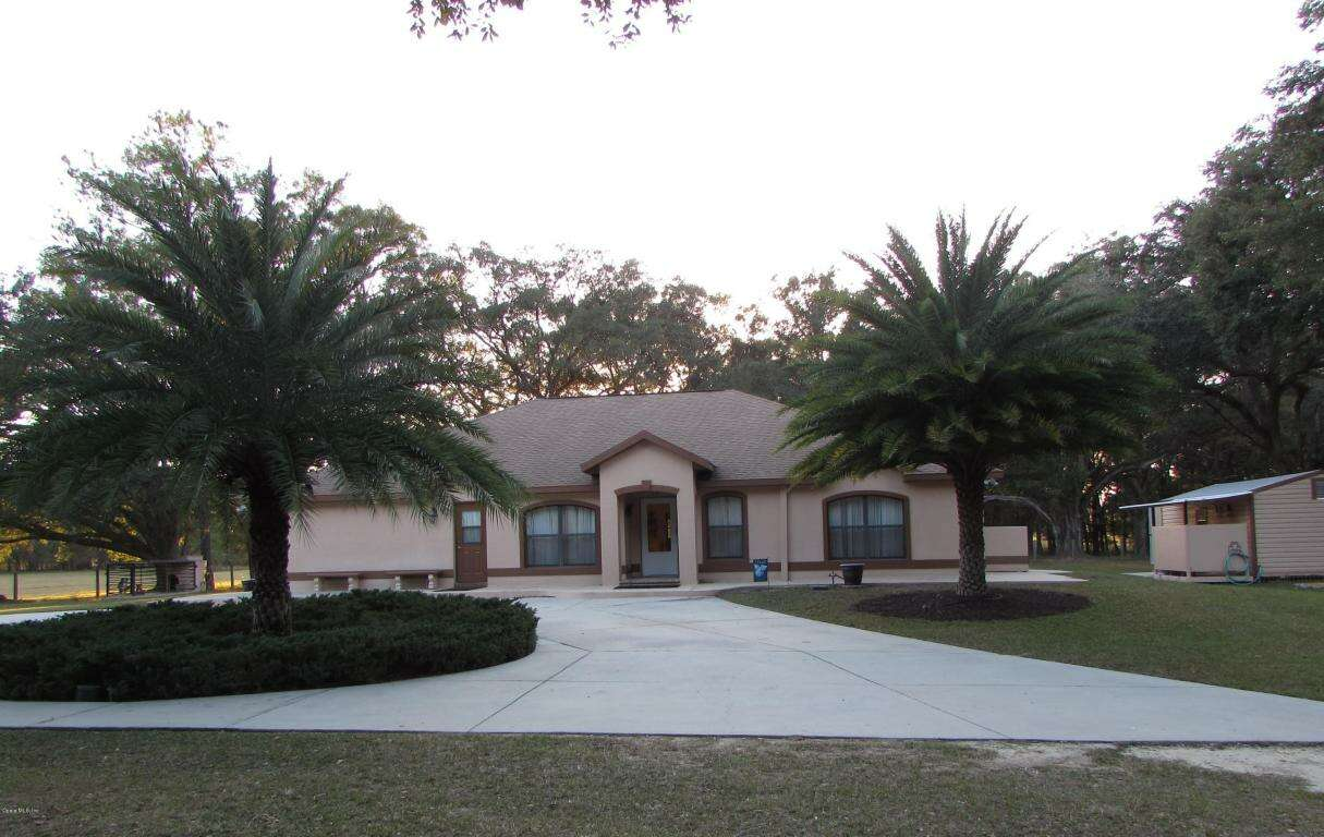 Single Family for Sale at 4700 NW 157th Court Morriston, Florida 32668 United States