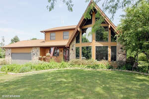 Featured Property in Richmond, IL 60071