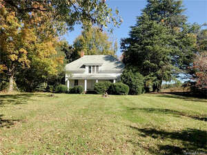 Featured Property in Harmony, NC 28634