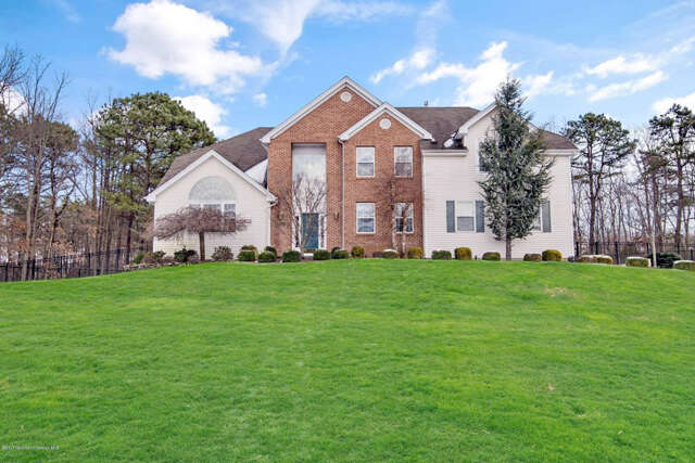 Single Family for Sale at 31 Woods Edge Drive Jackson, New Jersey 08527 United States