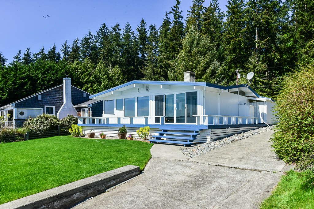 Single Family for Sale at 15950 Sandy Hook Road NE Poulsbo, Washington 98370 United States