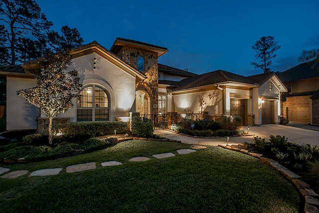 Single Family for Sale at 142 W Valera Ridge The Woodlands, Texas 77389 United States