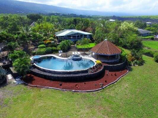 Single Family for Sale at 82-5929 Lower Napoopoo Rd Captain Cook, Hawaii 96704 United States