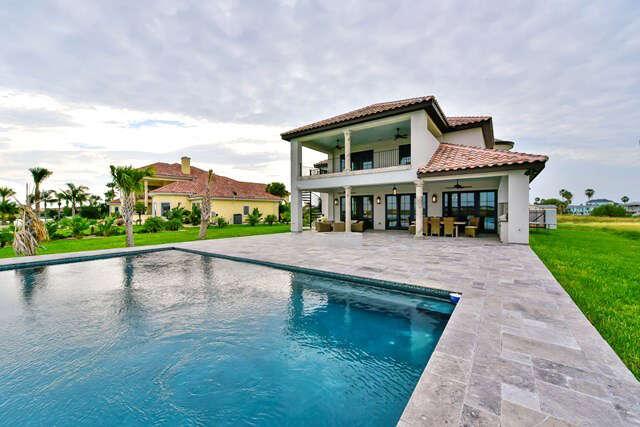 Single Family for Sale at 13 La Buena Vida Dr Rockport, Texas 78382 United States