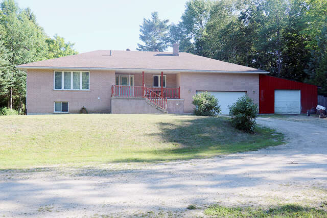 Real Estate for Sale, ListingId:40141772, location: 51 Parkside Ave Wiarton N0H 2T0