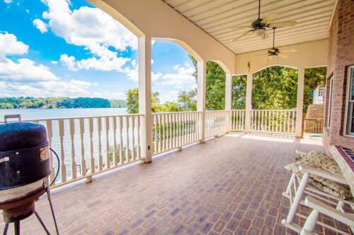 Single Family for Sale at 1858 Rivergate Ter Soddy Daisy, Tennessee 37379 United States